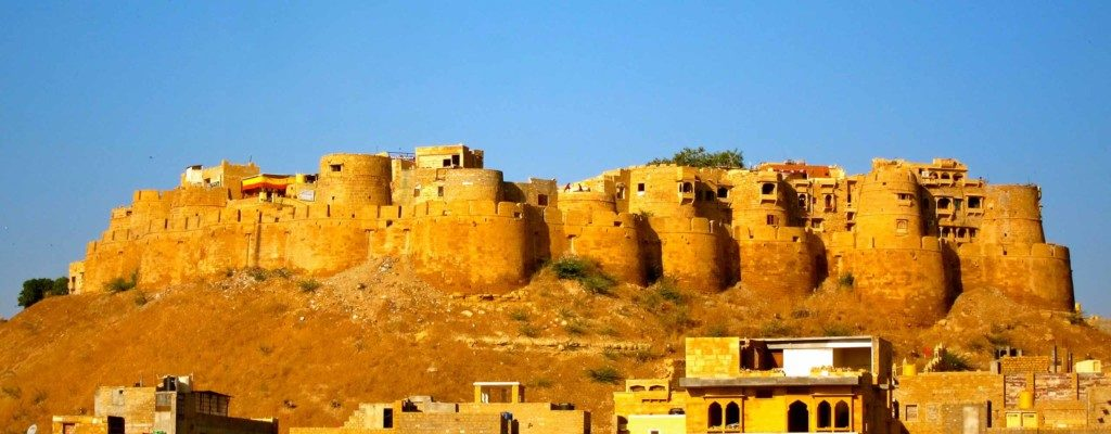 Jaisalmer-car-rental